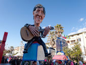 VIAREGGIO, ITALY - FEBRUARY 23:   allegorical float of italian s — Stock Photo