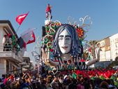 VIAREGGIO, ITALY - FEBRUARY 23:   allegorical float of John Lenn — Stock Photo