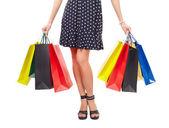 Vista a vita di donna con borse della spesa — Foto Stock