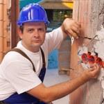 l'installazione di cavi elettrici — Foto Stock