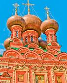 Vista della chiesa di santa trinità di ostankino — Foto Stock