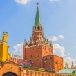 Troitskaya (Trinity) Tower in the Moscow Kremlin — Stock Photo #42863591