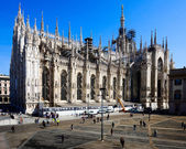 Milan-Lombardy-Italy-april 07 2014: Duomo Milan renovation construction — Stock Photo