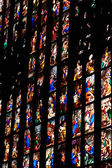 Milan,Lombardy,Italy-april 07 2014: Duomo Milan presbytery glass window — Foto Stock