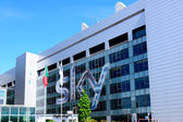 Milano,Italy, april 29 2014: SKY pay tv corporate headquarters M — Stock Photo