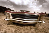 Front end of old muscle car — Stock Photo