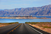 Drive to Lake Mead — Stock Photo