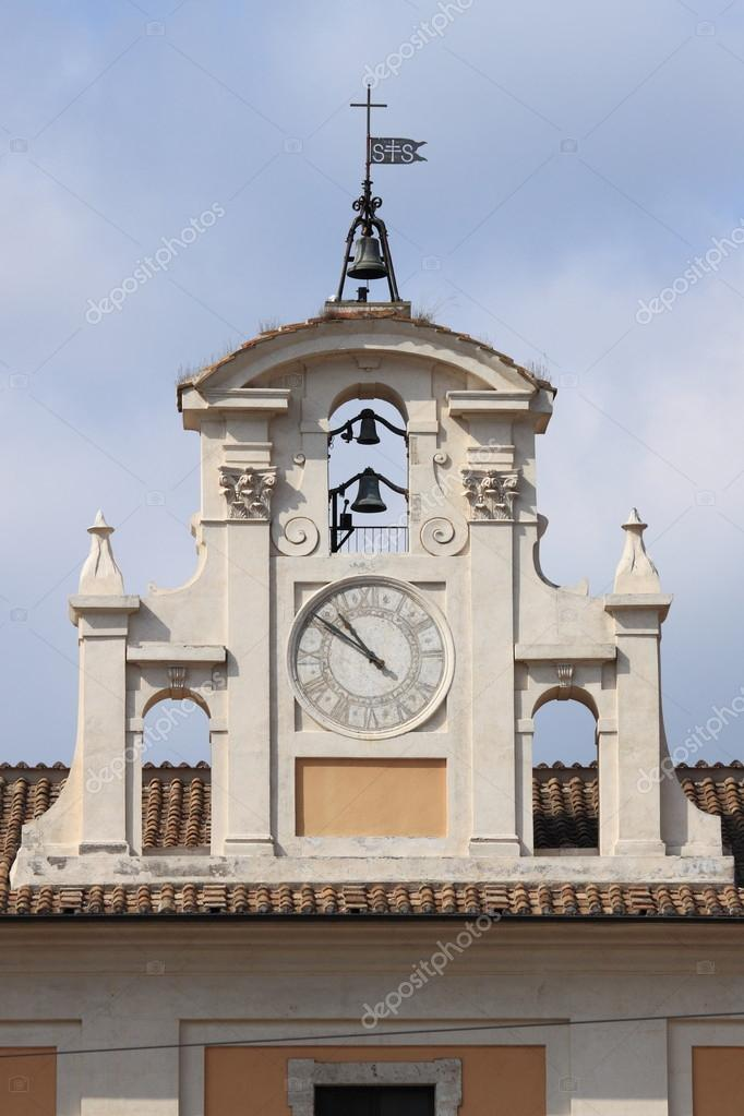 Renaissance clock tower in Lateran Square of Rome, Italy — Stock Photo #13367975