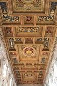 Kathedraal houten plafond — Stockfoto
