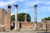 Ruins of a temple in Ostia Antica — Stock Photo