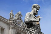 Statue of Saint Peter the Apostle — 图库照片