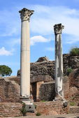 Columns of an ancient roman temple — Foto Stock