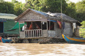 The village on the water. Tonle sap lake. — Stock Photo