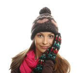 Smiling woman dressed in winter clothes — Stock Photo