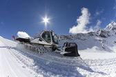 Ratrak, čeledín sněhové stroje, speciální vozidla — Stock fotografie