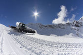 Ratrak, grooming machine, special snow vehicle — Foto de Stock