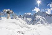 Skidlift stolar i bergen — Stockfoto