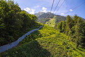 Cable car in summer mountains — Foto Stock