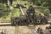 Ancient khmer temple in Angkor Wat complex, Cambodia — Stock Photo