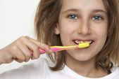 Child brushing tooth — Stockfoto