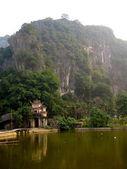 Small Temple in Tam Coc — Stock Photo
