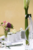 Floral decoration on the table — Stock Photo