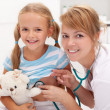 Little girl at the doctor — Stock Photo #12505968