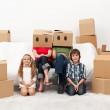 Family moving to a new home — Stock Photo