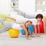 Doing stretching exercises — Stock Photo