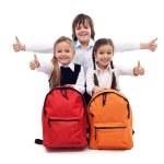 vuelta al concepto de escuela con niños felices — Foto de Stock