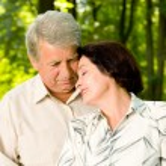 Senior happy couple embracing, outdoors — Stock Photo #31452921