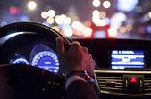 Mani sul volante — Foto Stock