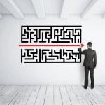 Man drawing maze — Stock Photo #21355057