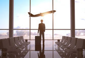 Zakenman in luchthaven — Stockfoto