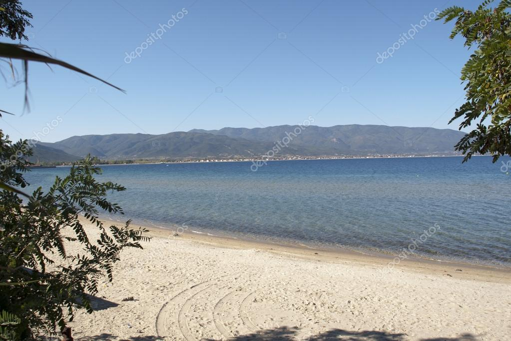 Beach at the sea in Greece — Stock Photo #13354358