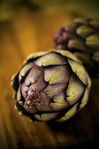 Organic artichokes. — Stock Photo