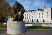 Locking Piece  Sculpture On London's Millbank — Stock Photo