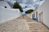 Long stairs to the  Church of Santa Maria do Castelo,Tavira, Por — Stock Photo