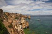 Famous cliffs of Ponta de Piedade, Lagos, Algarve, Portugal — Stock Photo