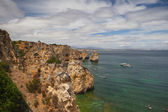 Famous cliffs of Ponta de Piedade, Lagos, Algarve, Portugal — Stock Photo