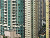 Sckycrapers windows in Hong Kong — Stock Photo