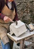 Stonemason, hands detail — Stock Photo