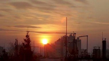 Sunset. City skyline. Timelapse. — Stock Video