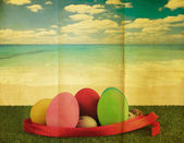 Ester egg with retro grunge background — Stock Photo