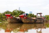 Chiatta di legno della barca, fiume, vietnam — Foto Stock