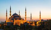 Blue Mosque in Istanbul, with sunset — Stock Photo