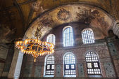 Old chandelier under the dome of Hagia Sophia — Stock Photo