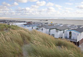 View at houses on beach with sea in IJmuiden, The Netherlands — Stock Photo