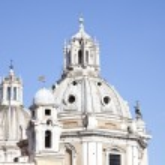 Church of Santa Maria di Loreto and Trajan Column in Rome. Italy — Stock Photo