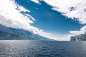 Blauwe lago di garda — Stockfoto